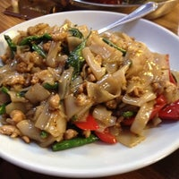 Photo taken at King of Thai Noodle by Edgardo F. on 4/4/2012