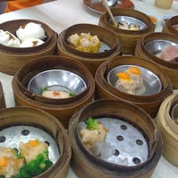 Photo taken at Chokdee Dim Sum by Bo B. on 3/26/2011