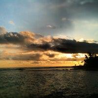Снимок сделан в Escambron Beach пользователем Calvin X 5/8/2012