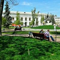 Снимок сделан в Контрактовая площадь пользователем Tatiana K. 4/25/2012