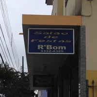 Photo taken at R'Bom by Edinhu P. on 3/27/2012