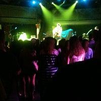 Foto scattata a Varsity Theater & Cafe des Artistes da Laura M. il 5/14/2012