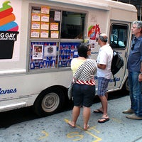 Photo taken at The Big Gay Ice Cream Truck by Travel Channel on 11/14/2011