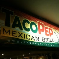 Photo taken at Taco Pep by Cassio G. on 5/19/2011