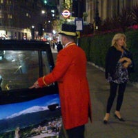 Photo taken at Mandarin Oriental Hyde Park by Peter C. on 10/28/2011