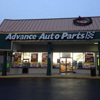 Photo taken at Advance Auto Parts by Sonny L. on 12/21/2011