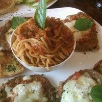 Foto scattata a Pronto Pasta da Amy A. il 11/2/2011