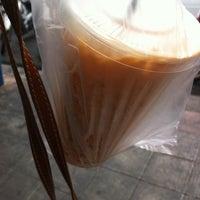 Photo taken at ขนมปังปิ้ง นมสด by ALEKWANGiiZz H. on 3/28/2011