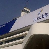 Photo taken at Bank Jabar by Rizky I. on 10/6/2011