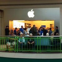 Photo taken at Apple Syracuse by Joe C. on 10/18/2011