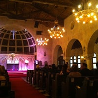 Photo taken at Coral Gables Congregational Church by Beni M. on 2/5/2011