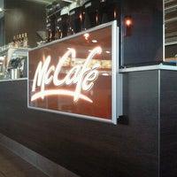 Photo taken at McDonald's by Meikel N. on 10/31/2011