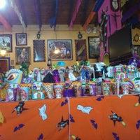 รูปภาพถ่ายที่ La Troje de Marisol โดย Davo H. เมื่อ 11/14/2011