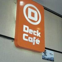 Foto tirada no(a) Deck Café por Vania S. em 9/11/2011