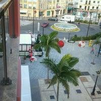 Foto tomada en Blas Infante Paseo Peatonal por carmen l. el 1/25/2012