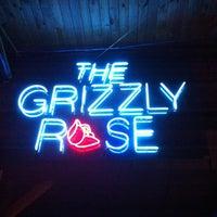 Foto tirada no(a) Grizzly Rose por Melanie B. em 10/1/2011