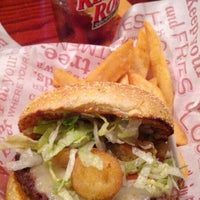 Photo taken at Red Robin Gourmet Burgers by James F. on 8/31/2012