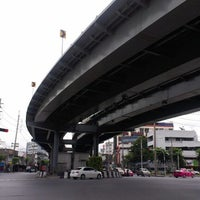 Photo taken at Tha Phra Intersection by kader 9. on 8/15/2012