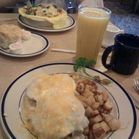 Photo taken at Bob Evans Restaurant by Bill B. on 1/29/2012