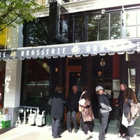 Photo prise au Brasserie l'École par Desiree O. le5/6/2012