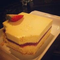 Foto tomada en Imperium Restaurant - Jumeirah Zabeel Saray por A G L. el 6/14/2012
