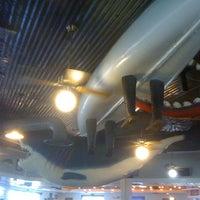 Photo taken at Joe's Crab Shack by Chris K. on 9/10/2011