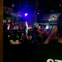 Photo taken at Ernie Biggs Dueling Piano Bar by James L. on 8/27/2011