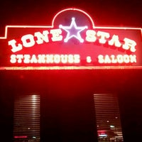 Photo taken at Lone Star Steakhouse & Saloon by SumGuy I. on 11/15/2011