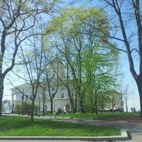 Снимок сделан в Площадь Свободы пользователем Dmitry F. 4/28/2012