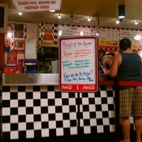 Photo taken at Teddy's Bigger Burgers by Michael-Alan G. on 1/5/2012