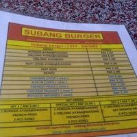 Photo taken at Subang Burger, Roti John & Kebab by Ilyas J. on 5/5/2011