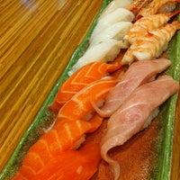 Photo taken at Sushi Nagoyaka Tei 和花亭壽司 by Venus W. on 7/31/2011