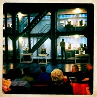 Снимок сделан в Broadway Playhouse пользователем Stefanie S. 4/27/2011