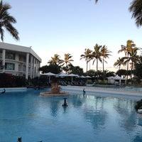 Photo taken at Sheraton Mirage Resort and Spa by Erik C. on 6/16/2012
