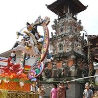 Photo taken at Banjar Kayumas Kaja, Denpasar, Bali, Indonesia by Fendy P. on 12/23/2011