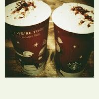 Photo taken at Starbucks by KeokaR i. on 11/26/2011