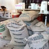 Photo prise au Bonanza Coffee par Will P. le6/10/2011