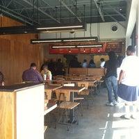 Foto scattata a Chipotle Mexican Grill da Paul il 6/8/2012