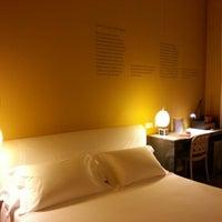 Foto tomada en Hotel de las Letras por Paolo P. el 6/13/2012