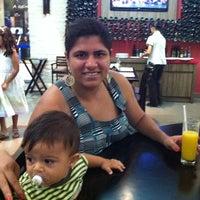 Photo taken at Senhora Pizza by Gustavo L. on 2/27/2011