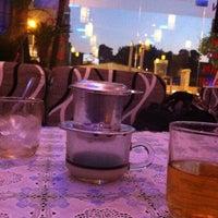 Photo taken at Long Xù Rock Cafe/ Rock shop by Nguyễn Hoài N. on 10/10/2011