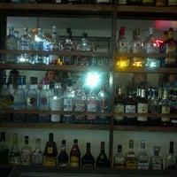 Photo taken at Muddy River Bar & Grill by chopperlasvegas on 4/11/2012