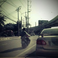 Photo taken at Mueang Min Intersection by PookKie😎 on 10/25/2011