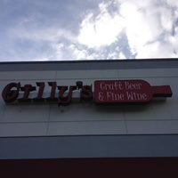 Photo taken at Gilly's Craft Beer & Fine Wine by Trevor K. on 4/5/2012