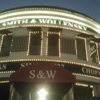 Photo taken at Smith & Wollensky by Becky H. on 1/22/2012
