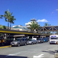 Photo taken at HNL - Crew Van / Shuttle Van Pick-up & Drop-off location by BKK_FLYER on 9/9/2012