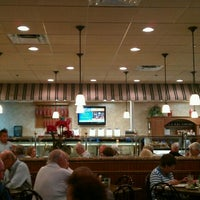 Photo taken at 3 G's Gourmet Deli & Restaurant by Philip I. on 6/28/2011
