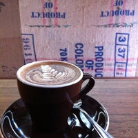 Photo taken at Essence Coffee by Mattsan #. on 8/19/2011
