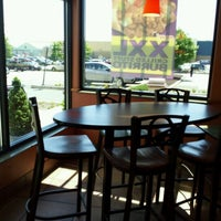 Photo taken at Taco Bell by Franz C. on 7/15/2011
