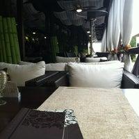 Снимок сделан в Moscow cafe-room пользователем Madina A. 8/19/2012